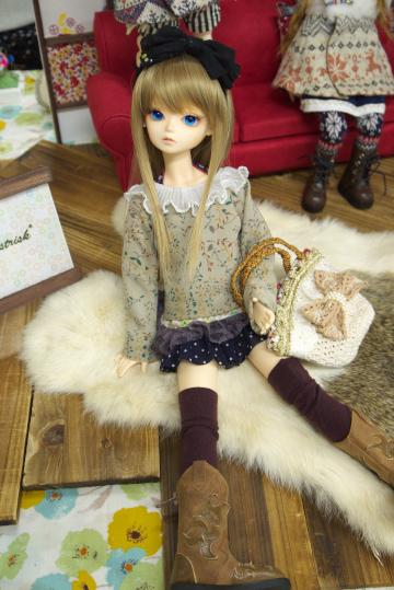 P1060041_dollshow33_edited-1.jpg