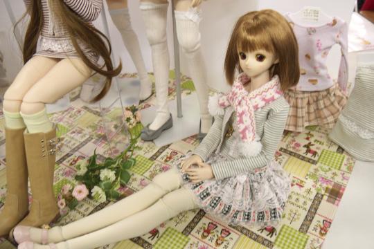 P1060087_dollshow33_edited-1.jpg