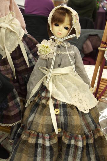 P1060165_dollshow33_edited-1.jpg