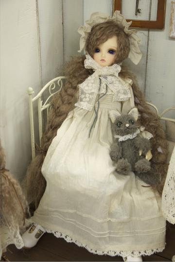 P1060169_dollshow33_edited-1.jpg