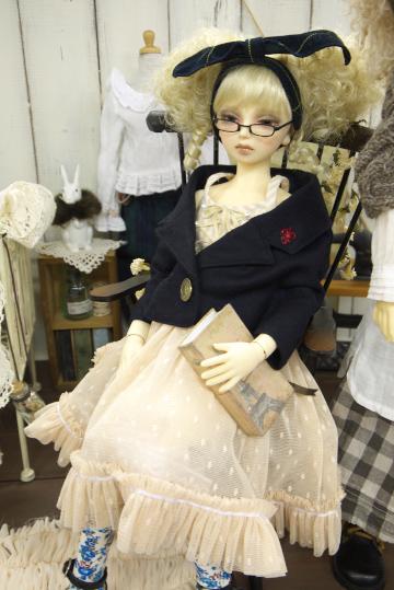 P1060171_dollshow33_edited-1.jpg
