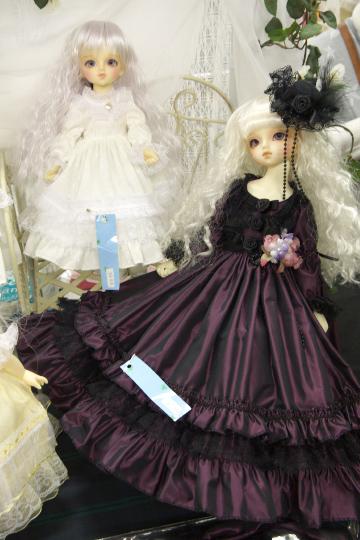 P1060173_dollshow33_edited-1.jpg