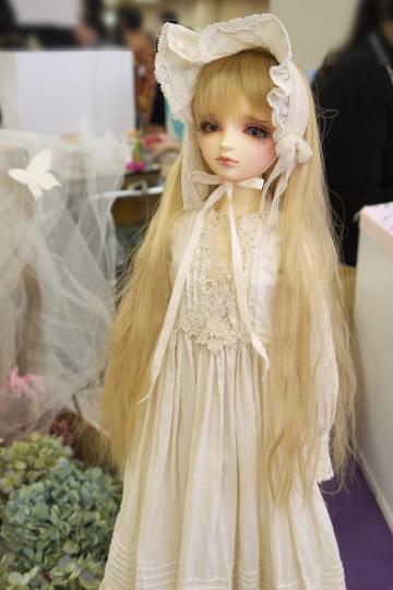 P1060205_dollshow33_edited-1.jpg
