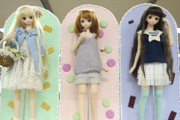 P1070634_dollshow34_2_edited-1.jpg