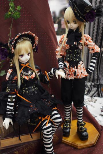 P1201977_dollshow36_edited-1.jpg