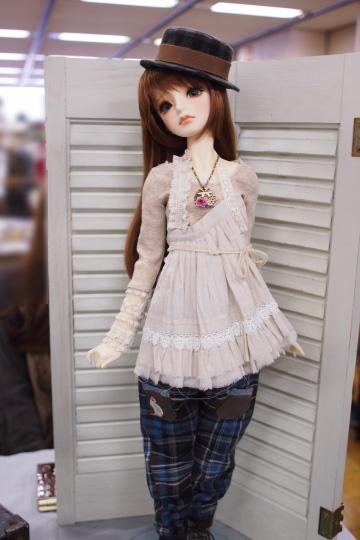 P1202079_dollshow36_edited-1.jpg